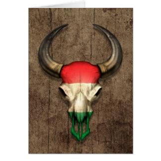 Crânio húngaro de Bull da bandeira no efeito de ma Cartões