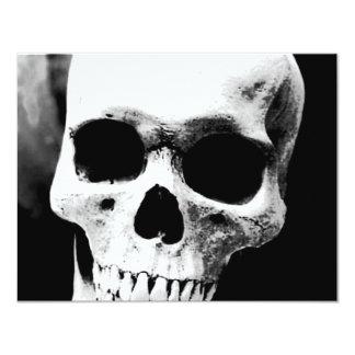 Crânio preto & branco convite personalizado
