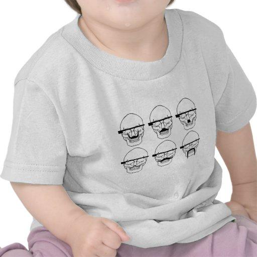 crânios com bigode e vidro APROVADO Tshirts