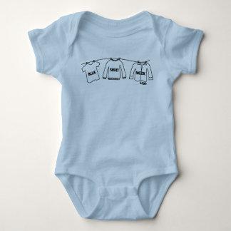 Creeper azul da criança da semana da camisa