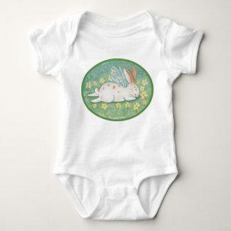 Creeper feericamente da criança do coelho do sono camiseta
