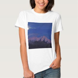 Crepúsculo Alaska do cetim do céu T-shirt