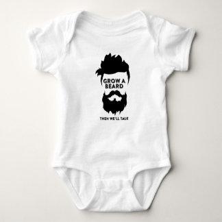 Cresça uma barba então que nós falaremos body para bebê
