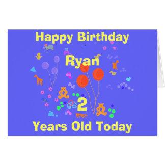 Criança de 2 anos do feliz aniversario