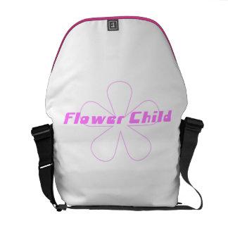 Criança de flor cor-de-rosa bolsas mensageiro
