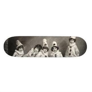 Criança de Friedrich Kaulback Kindercarneval Arleq Skate