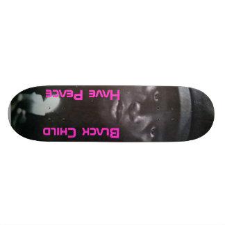 Criança preta shape de skate 21,6cm