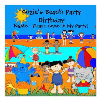 Crianças das meninas da praia do aniversário do convite quadrado 13.35 x 13.35cm