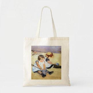 Crianças de Mary Cassatt que jogam na praia Bolsas Para Compras