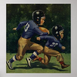 Crianças do vintage, meninos que jogam o futebol,  posteres