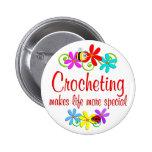 Crocheting é especial botons