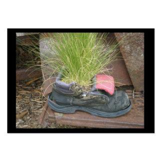 Cromo de colecção dos calçados da grama cartão de visita grande