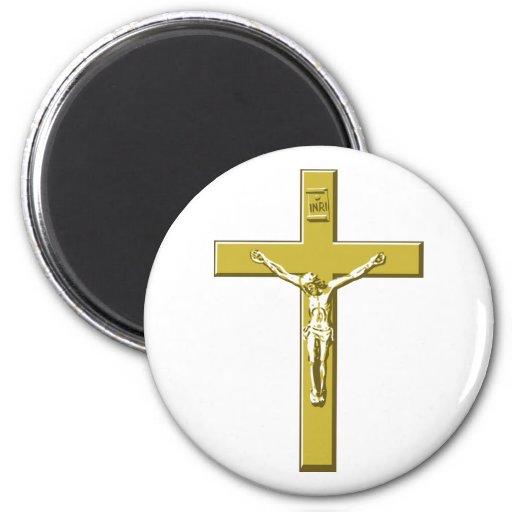 Crucifixo no ouro imã de geladeira