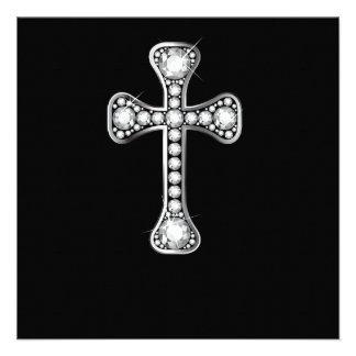Cruz cristã com as pedras do diamante convites