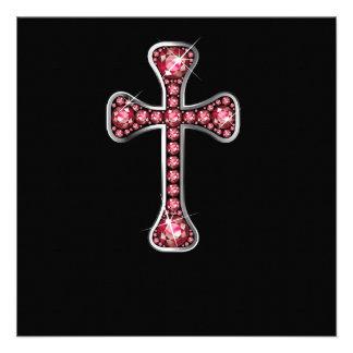 Cruz cristã com as pedras do rubi convites