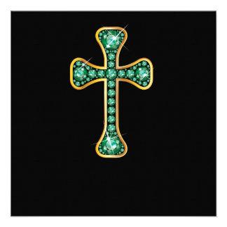 Cruz cristã com as pedras esmeraldas convite personalizado
