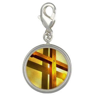 Cruz dourada charms com fotos