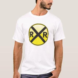 Cruzamento de estrada de ferro… camiseta