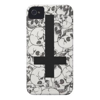 Cruzes e ossos capa para iPhone 4 Case-Mate