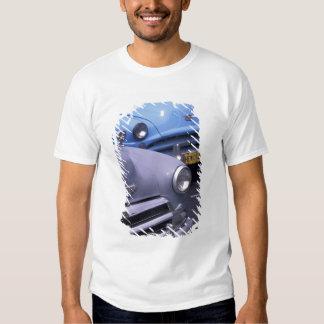 Cuba, Havana. Automóveis clássicos dos anos 50 T-shirt