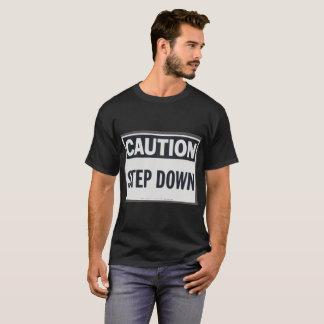 Cuidado abaixador e camisa de advertência do RF