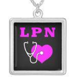 Cuidado de LPN Colares Personalizados