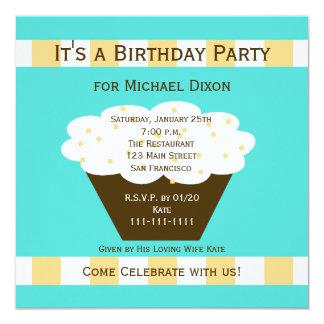 Cupcake adulto da festa de aniversário no Aqua Convite Quadrado 13.35 X 13.35cm