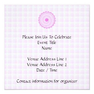 Cupcake. cor-de-rosa bonito convite quadrado 13.35 x 13.35cm
