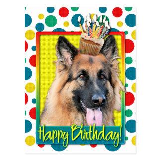 Cupcake do aniversário - german shepherd - cartão postal