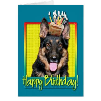 Cupcake do aniversário - german shepherd - Kuno Cartões