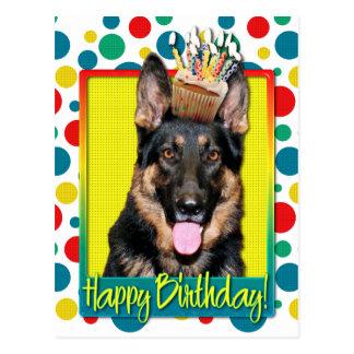 Cupcake do aniversário - german shepherd - Kuno Cartões Postais