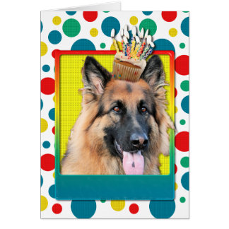 Cupcake do aniversário - german shepherd - possibi cartão