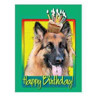 Cupcake do aniversário - german shepherd - possibi cartão postal