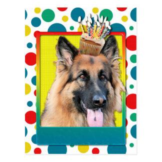 Cupcake do aniversário - german shepherd - possibi cartões postais