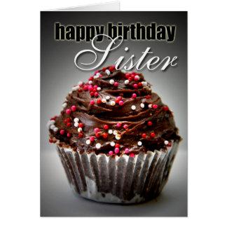 Cupcake do aniversário para minha irmã cartão comemorativo