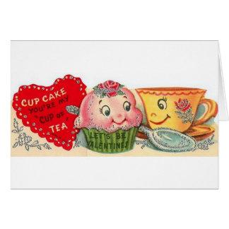 Cupcake do vintage e cartão do dia dos namorados