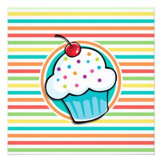 Cupcake Listras brilhantes do arco-íris Convites Personalizados