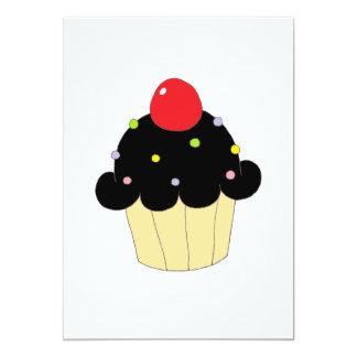 Cupcake preto convite 12.7 x 17.78cm