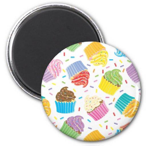 Cupcakes coloridos ímã redondo 5.08cm