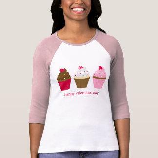 Cupcakes do dia dos namorados feitos sob encomenda camisetas