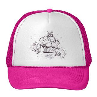 Cupcakes e chapéu de basebol do diamante boné