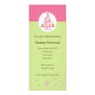 Cupcakes em um suporte convite 10.16 x 23.49cm