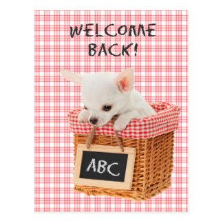 Da boa vinda cartão do filhote de cachorro para
