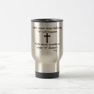 Da fé cruz do sólido da caneca de viagem w/Black