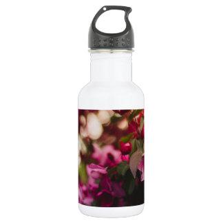 Da flor cor-de-rosa das mulheres garrafa de água
