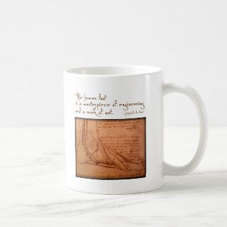 """da Vinci: """"O pé humano é… """" Caneca"""