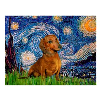 Dachshund Brown1 - noite estrelado Cartão Postal