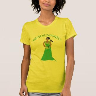 Dama de honra étnica na camisa verde da festa de c t-shirt