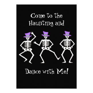 Dança de esqueleto do osso do partido roxo preto convites personalizado