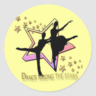 Dança entre estrelas adesivo redondo